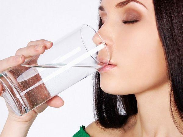 Не стоит пить некипяченую воду