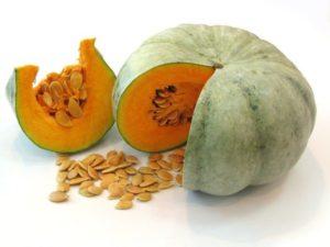 Полезные свойства тыквенных семечек: помогают ли они от паразитов