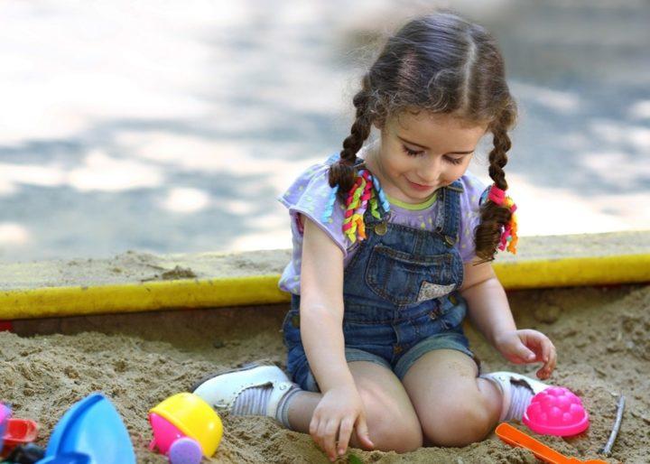 Песок зачастую источник заражения